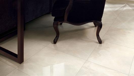 Suelo con azulejos imitacion marmol