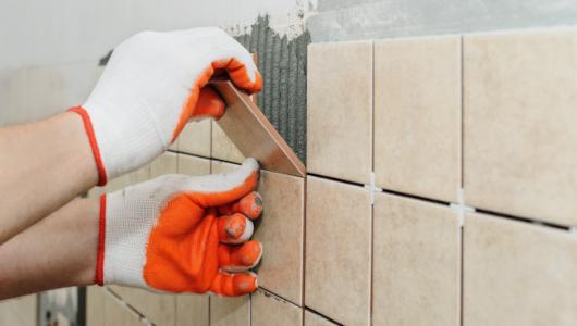 Colocando azulejos con llave