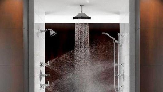 Manerales y jet de ducha para baños minimalistas