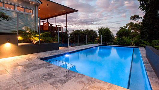 Azulejos de piscina, decoración funcional